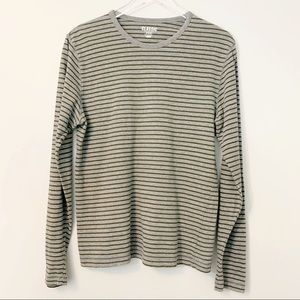 Old Navy Mens Striped Long Sleeve Layering Tee